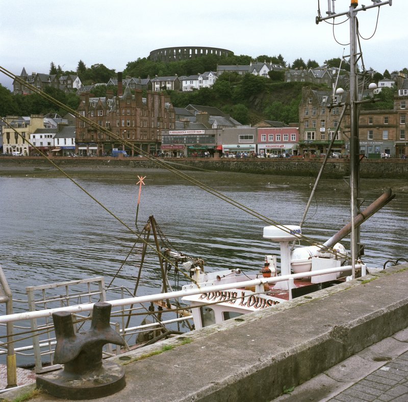View of Oban seafront from W.