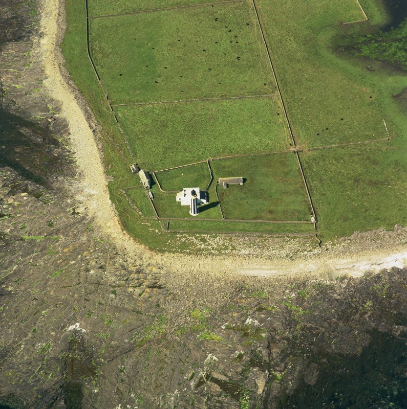 Oblique aerial view of Sanday, Start Farm and steading, taken from the NE