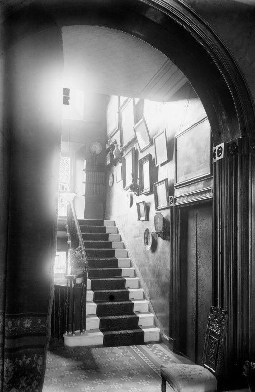 Crail, Marketgate, Kirkmay House. Interior view - hall and staircase.