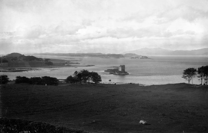 Castle Stalker. Distant view from East.