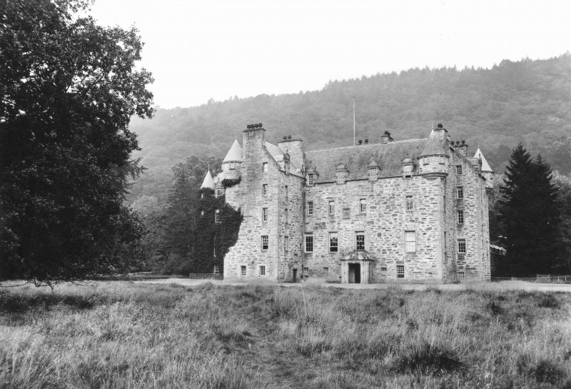Castle Menzies View from South East.