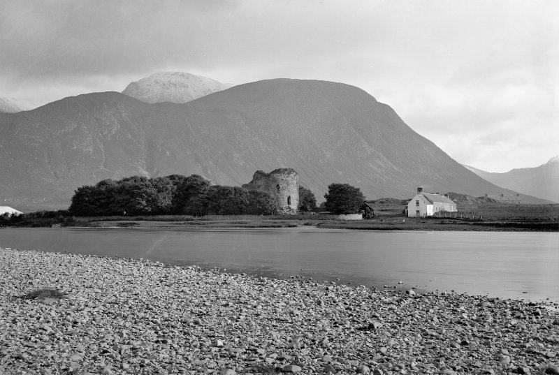 Inverlochy Castle. View of castle with Ben Nevis in background.