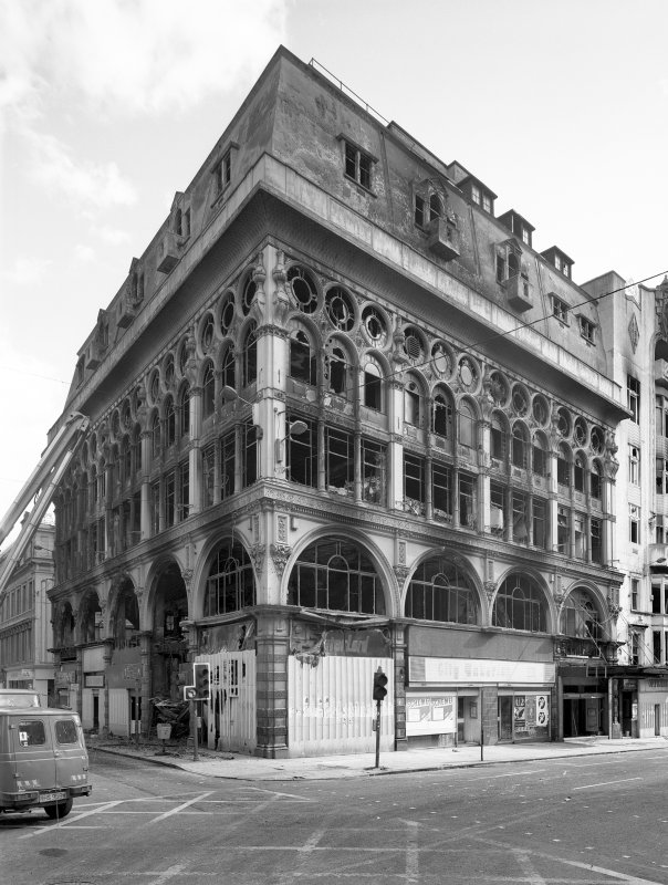 122 - 136 Union Street, Ca D'Oro Building, Glasgow. General view from North West showing damage