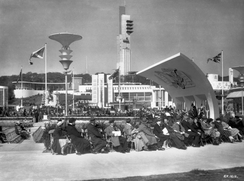 Empire Exhibition, 1938 Press photograph showing bandstand with the Tower behind