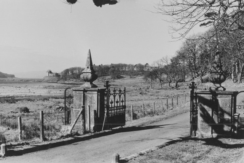 View from E showing gate-piers with castle in background