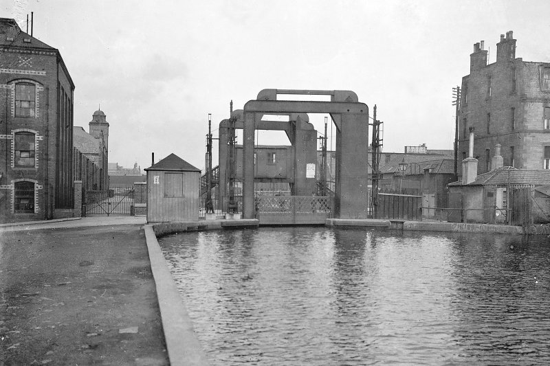 Edinburgh, Gilmore Park, Union Canal, vertical lifting bridge. General view of bridge from South-West. Digital image of ED 6945