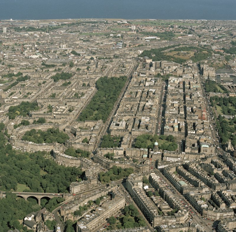 Digital image of Edinburgh, oblique aerial view, taken from the WSW, showing the New Town in the centre right of the photograph.