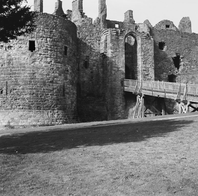 Dirleton Castle Digital image of B 40017