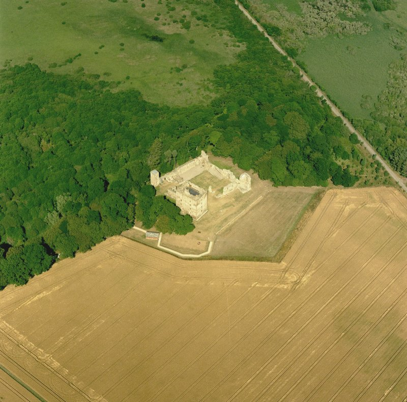 Spynie Palace, oblique aerial view, taken from the WSW, centred on the Bishop's Palace. Digital image of C 52973 CN