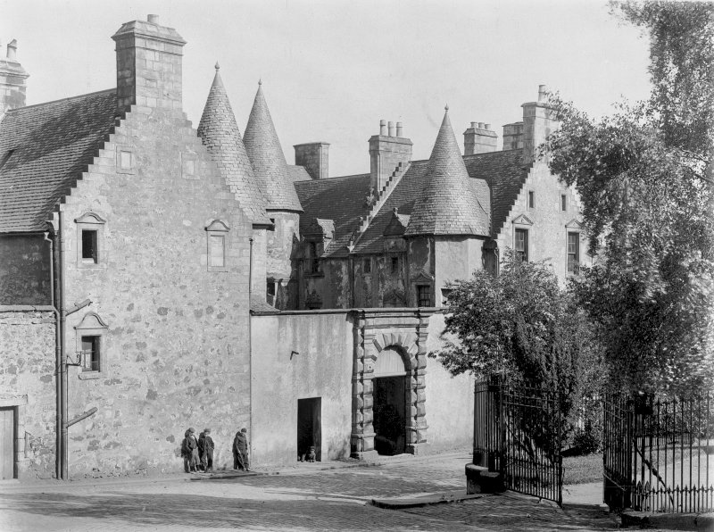 General view of Argyll's Lodging, Castle Wynd.