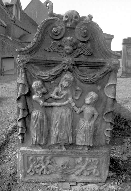 Headstone for the three daughters of Thomas Thomson, 1723. Digital image of B 4143/2