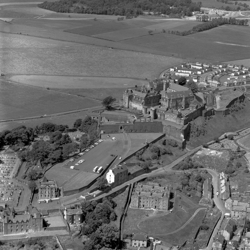 Stirling Castle, oblique aerial view from SE.