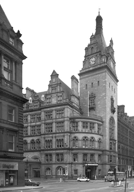 Glasgow, 99 Gordon Street, Central Station Hotel, Central Station Hotel General view on Hope Street from North West.
