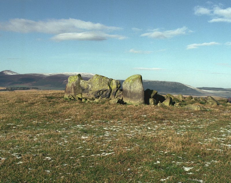Ardlair, view from the SSE of recumbent stone circle.