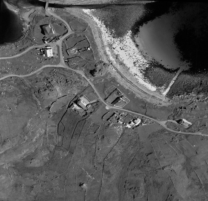 Obligue aerial view of township.