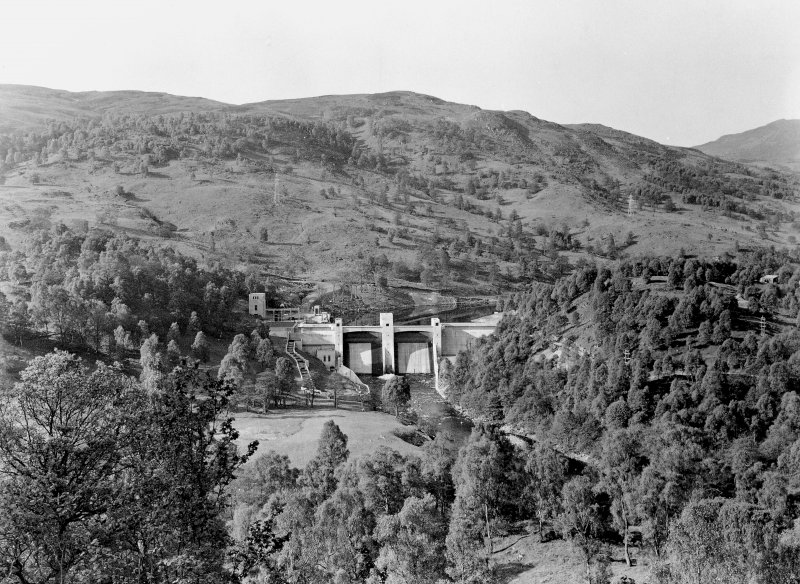 General view from N. Scanned image of 'Clunie Dam, Downstream View'.