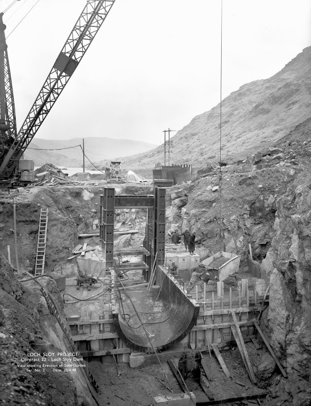 Loch Sloy Project, Contract 22- Loch Sloy Dam. View showing erection of gate guides. Scanned image of glass negative no. 2, Box 883.