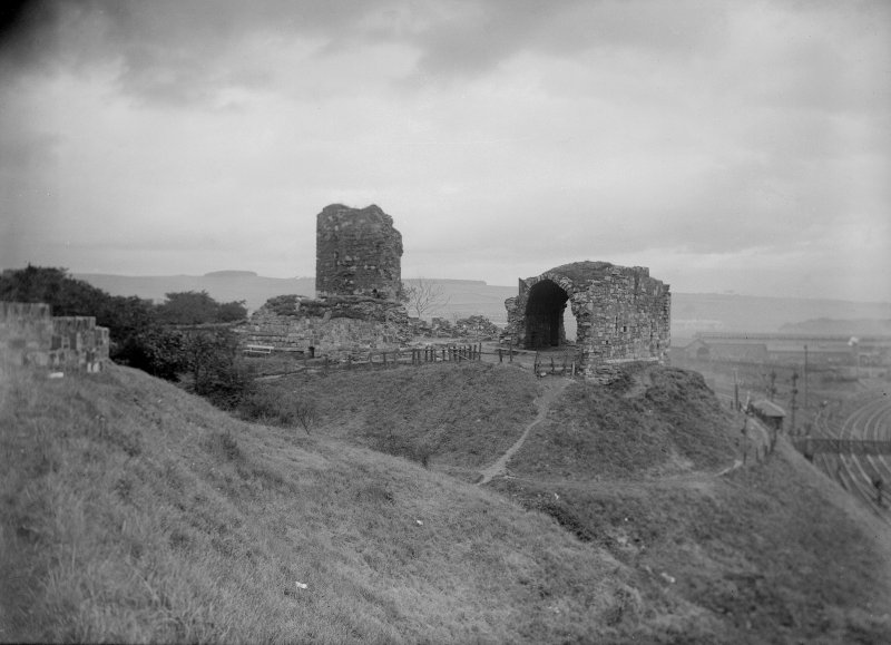 General view of Ardrossan Castle.