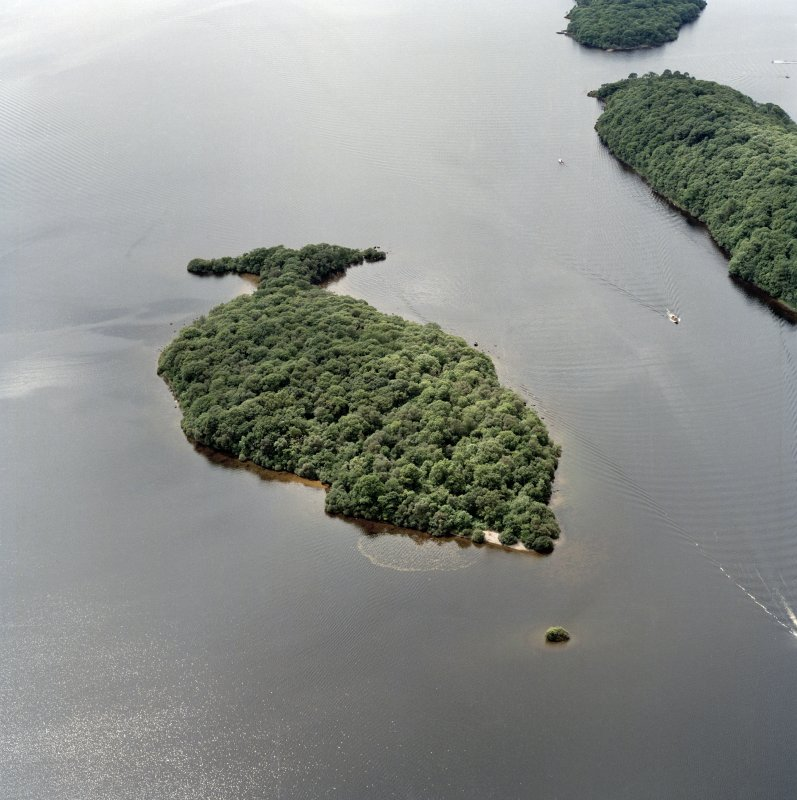 Oblique aerial view centred on Clairinsh Island with crannog adjacent, taken from the NE.