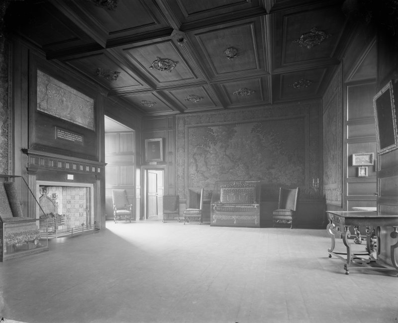 Interior-general view of Mary Queen of Scots' Audience Chamber