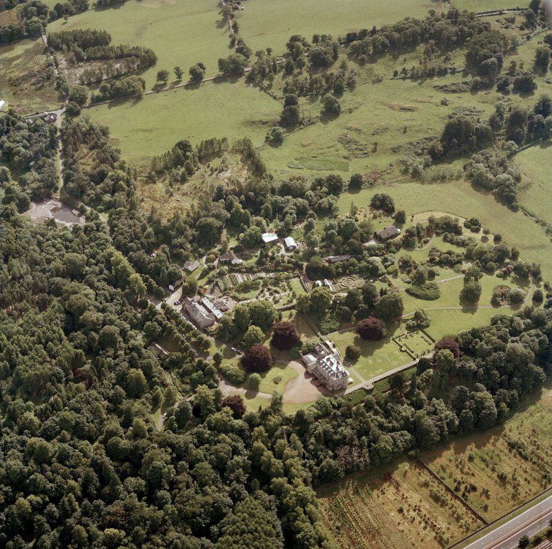 Scanned image of oblique aerial view centred on the hotel, taken from the NE.