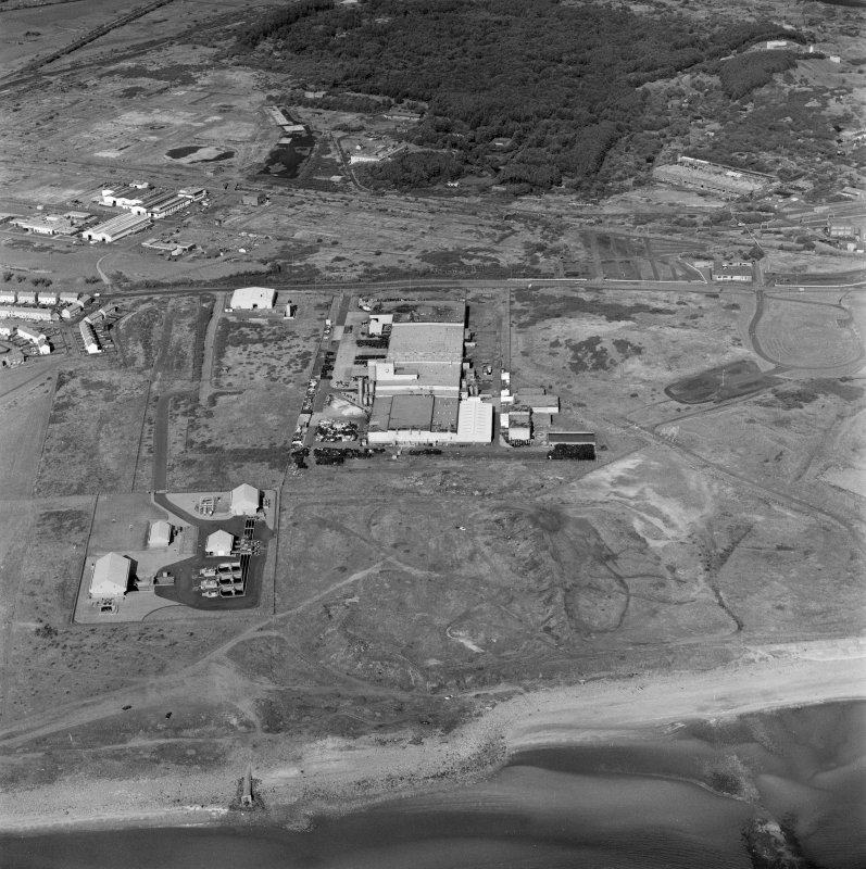 Ardeer, Nobel's Explosives Factory, oblique aerial view, centred on the factory. The Nylon Works are visible in the centre left of the photograph.