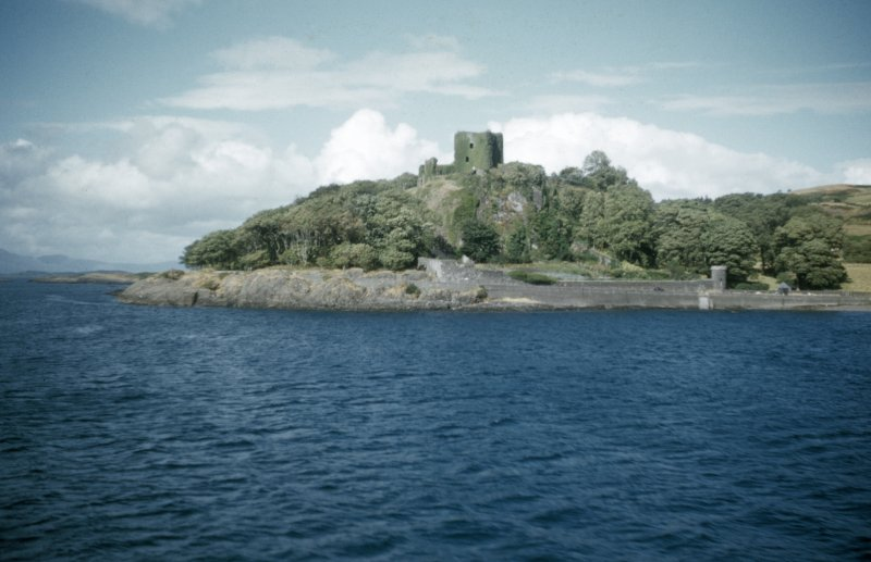 Dunollie Castle. Distant view.
