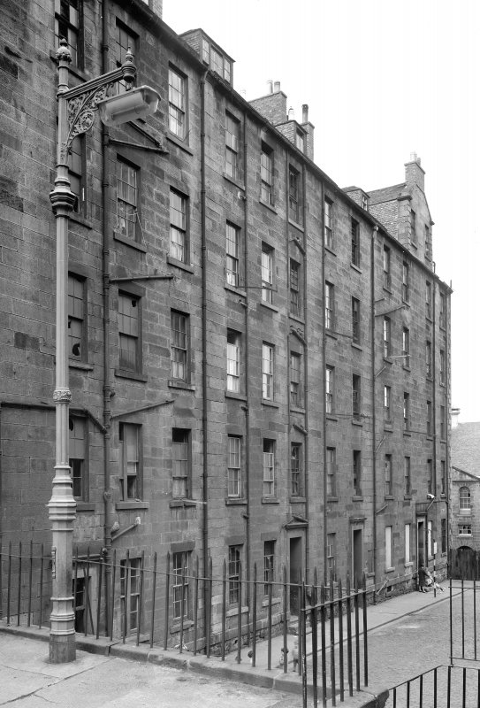 Edinburgh, 1-4 North St James Street. General view.