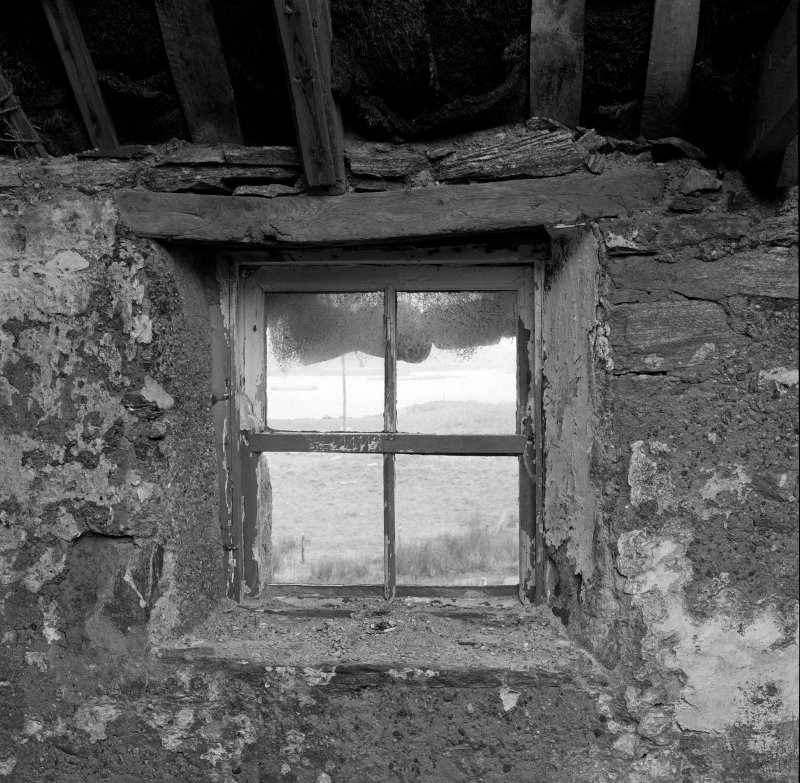 Thatched house, internal detail of sash-and-case window at W end