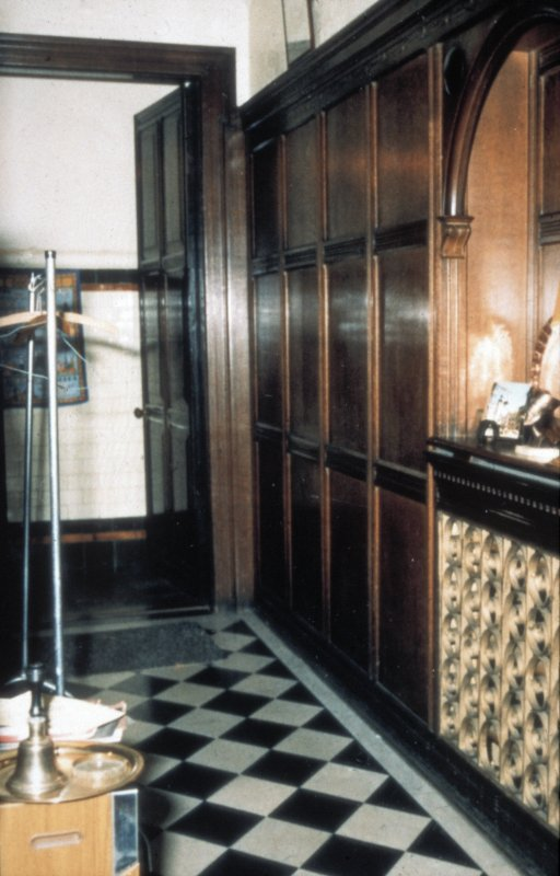 Glasgow, 1 Princes Terrace, interior Detail of hall showing black and white tiled floor and oak panelled wall.
