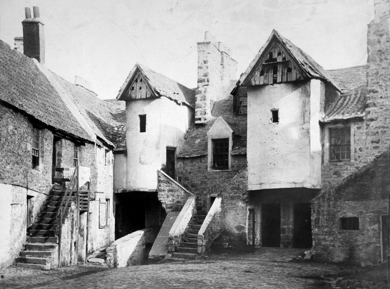 Historic view of White Horse Close, Edinburgh.
