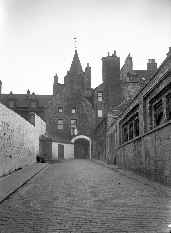 View of Tolbooth Wynd from North