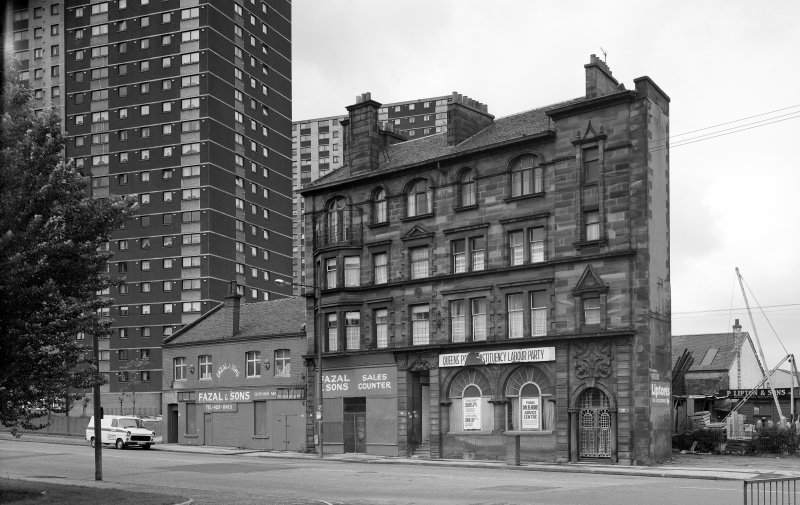 Glasgow 162-170 Gorbals Street, British Linen Bank General view from North East.