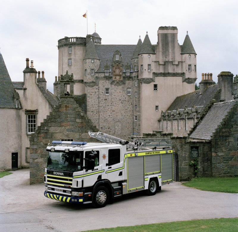View of Grampian Fire Brigade appliance in front of main entrance.
