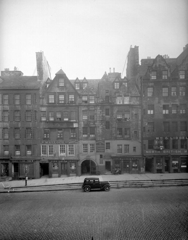 General view of South side of Lawnmarket, Edinburgh Inventory figure 169