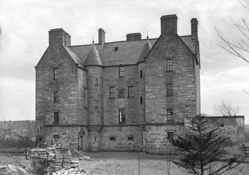 Exterior view of Pitreavie Castle.