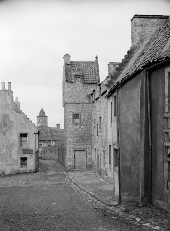 View of the Cross from Tanhouse Brae with The Study and 'The Oldest House in Culross'
