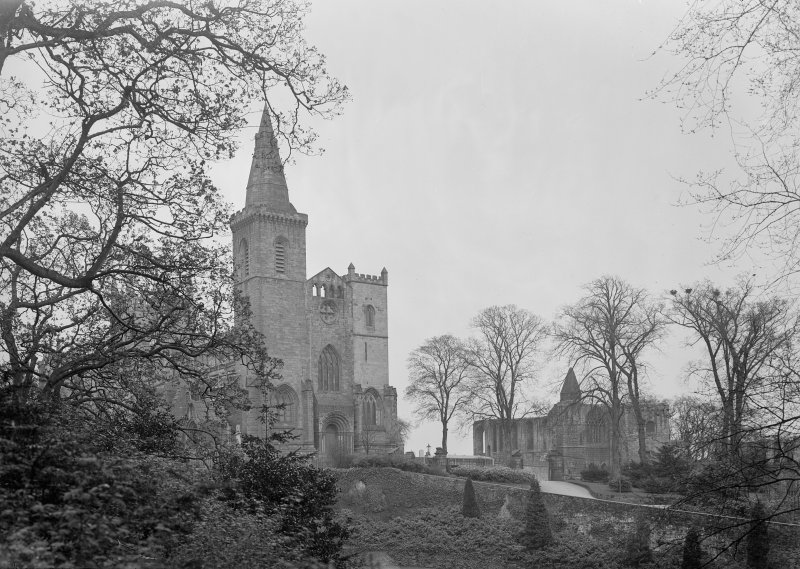 General view of Abbey Church, Palace and Frater Range from West