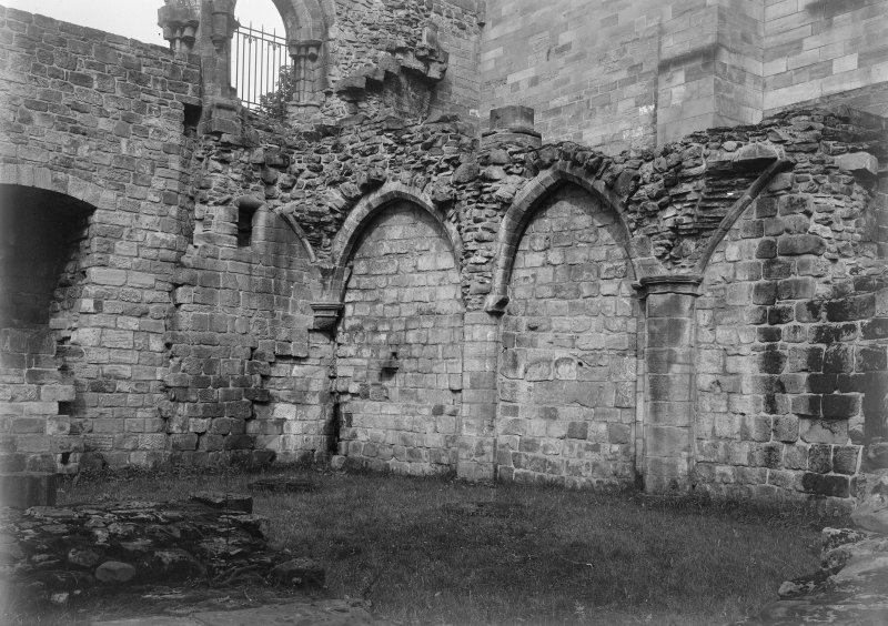 North west angle of east range undercroft