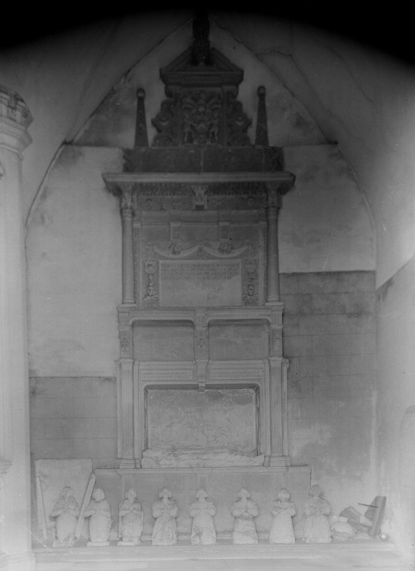 Tomb of Sir George Bruce