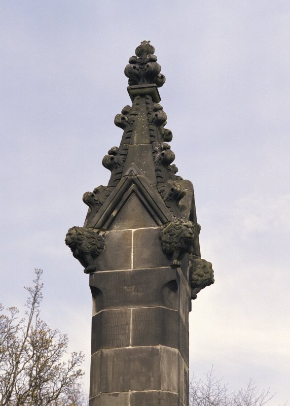 Detail of pinnacle at east end