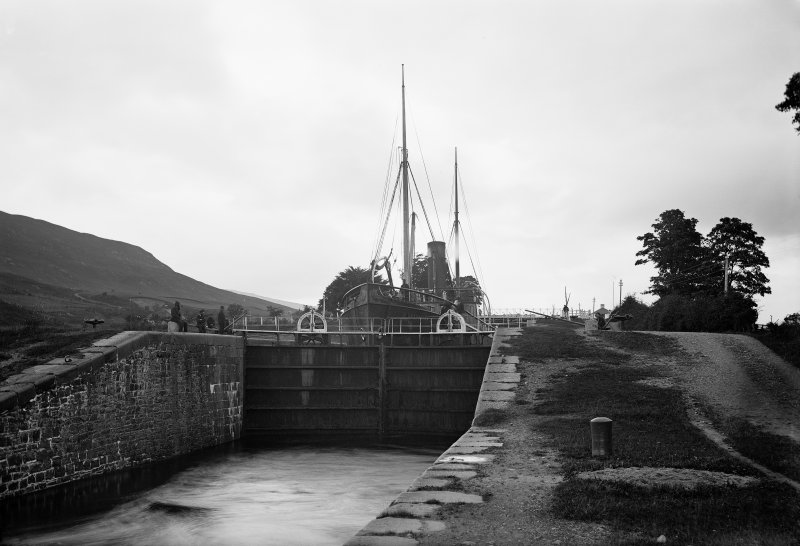 Corpach Lock and boat