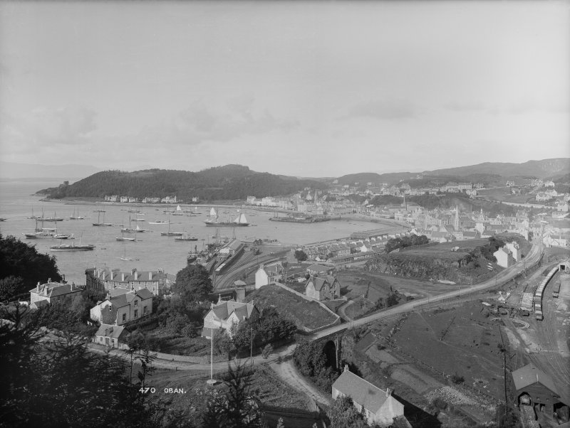 Oban, General. General view from a high vantage point, looking down over the bay. Insc: '470 Oban'.