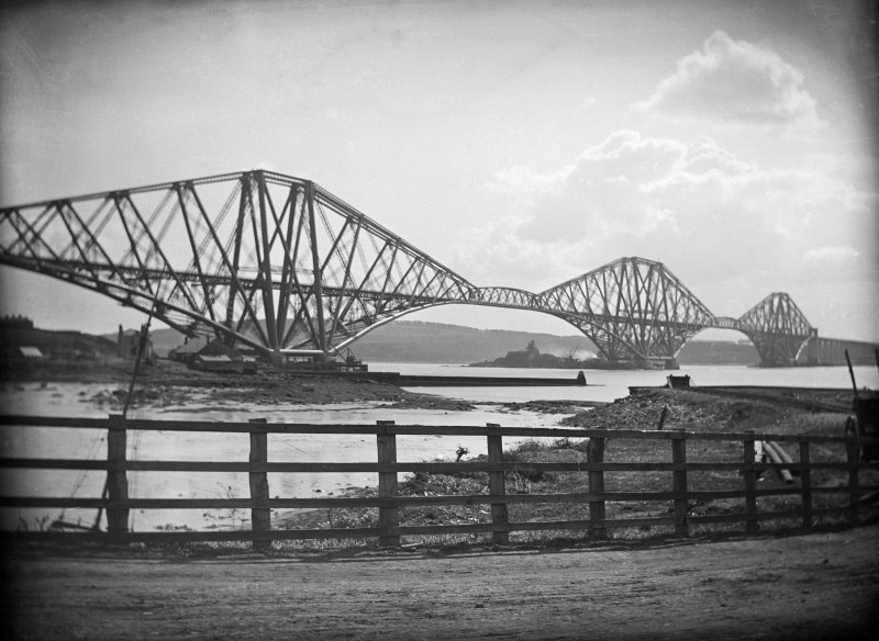 Forth Rail Bridge General view of bridge.