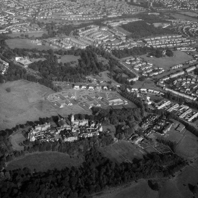 Glasgow, Crookston Road, Leverndale Hospital. Oblique general aerial view from North-West.