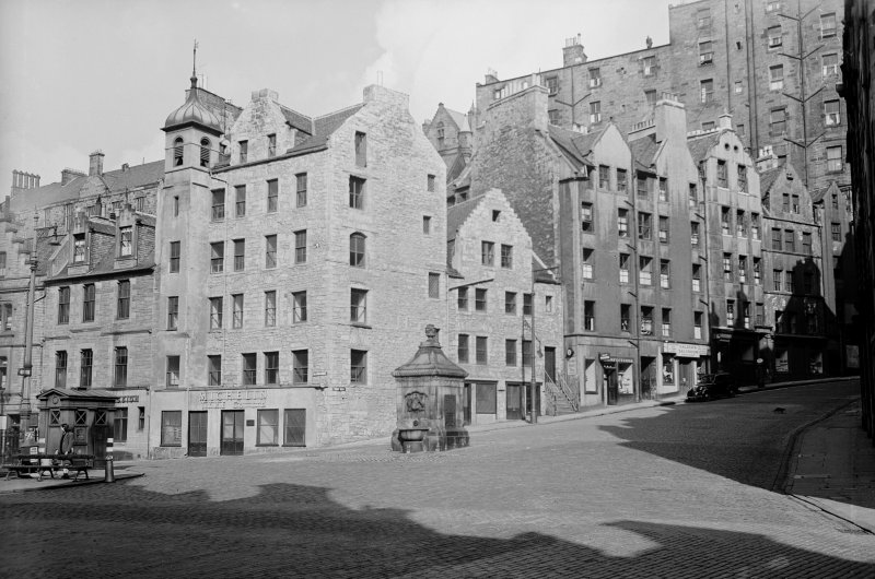 General view of west side of West Bow from south east, also showing part of Grassmarket