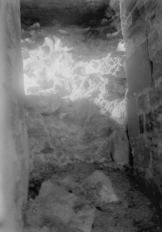 Interior. Detail of wall chamber filled on with rubble to withstand artillery fire.