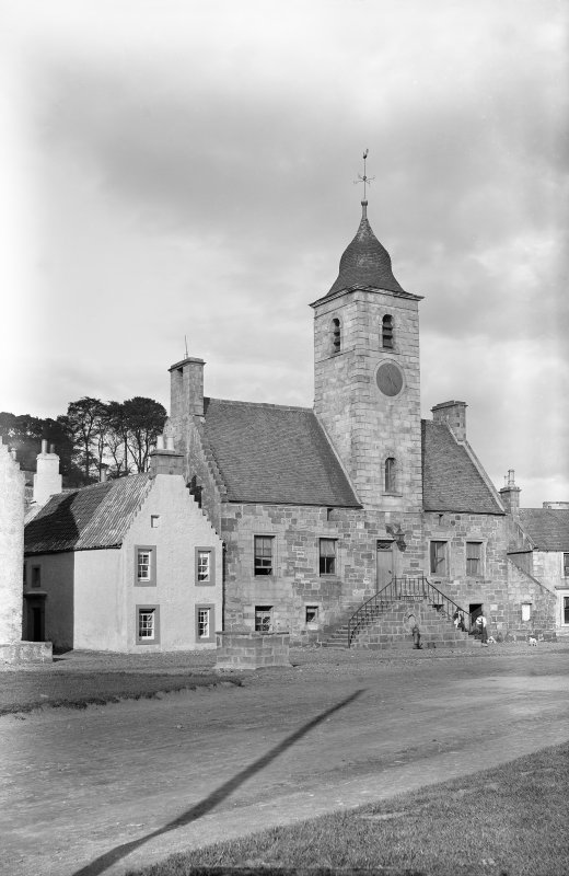 Culross, Townhouse View from south west Scanned image from original glass plate negative. Original envelope annotated by Erskine Beveridge 'Townhouse Culross 9/9/1893'