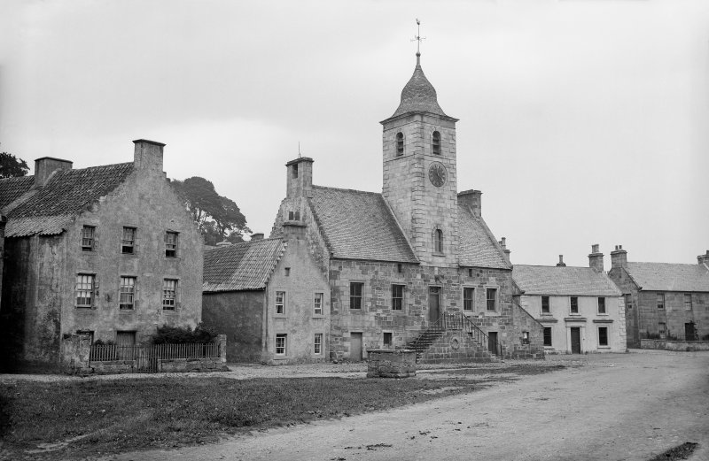 Culross, Townhouse View  from south west. Scanned image from original glass plate negative. Original envelope annotated by Erskine Beveridge 'Townhouse Culross'
