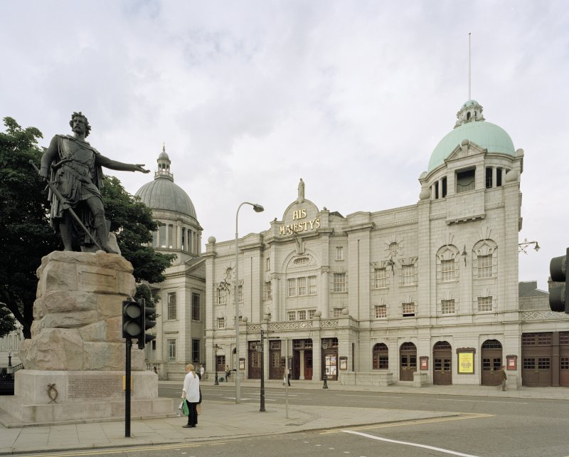 General view of exterior from South-East with Wallace statue in left foreground.